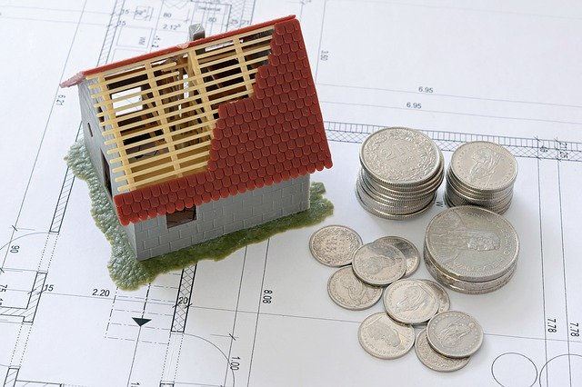 10 Ways to Save Money When Buying a New Home
